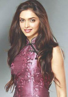 Jav I Deepika Padukone Purple Beautiful Bollywood Actress, Beautiful Indian Actress, Beautiful Actresses, Bollywood Girls, Bollywood Fashion, Indian Celebrities, Bollywood Celebrities, Priyanka Chopra, Anushka Sharma