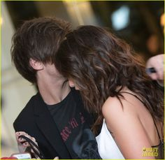 Louis Tomlinson Spends Valentine's Day with Danielle Campbell at Pre-Grammys Party!: Photo #929213. Louis Tomlinson and his girlfriend Danielle Campbell share a moment together inside the 2016 Primary Wave Pre-Grammys Party on Sunday night (February 14) at The…