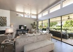 3BR/3.5BA Modern Hollywood Glamour - Turnkey Vacation Rental Palm Springs Vacation Rentals, Spring Vacation, Hollywood Glamour, View Photos, Modern, Trendy Tree