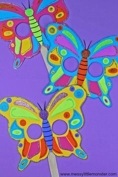 Butterfly Mask Craft for toddlers and preschoolers with Free Printable Butterfly Template. An easy kids craft for Spring or Summer. Summer Crafts For Toddlers, Easy Art For Kids, Animal Crafts For Kids, Craft Activities For Kids, Toddler Crafts, Preschool Crafts, Kids Crafts, Preschool Activities, Craft Projects