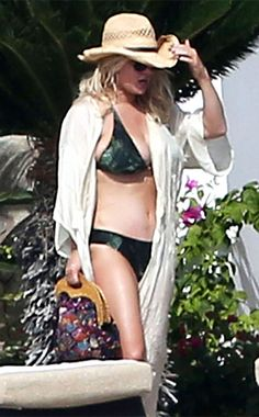 9d79f7beef Pin for Later: The Ultimate Celebrity Bikini Gallery In Jessica Simpson  showed off her curves in a green bikini in Mexico.