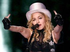 Image - Les plus beaux doigts d'honneur! - Girls are Gossip - Skyrock.com