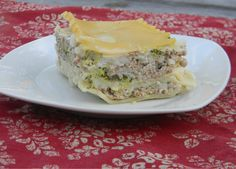 A twist on the traditional lasagna! When it comes to Italian food lasagna is the one of the best. When I told one of my friends tha...