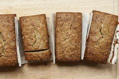 I've been searching for the perfect banana bread recipe for ages and I think I've finally found it. This recipe was created by Chef Joa. Bread Machine Banana Bread, Make Banana Bread, Perfect Banana Bread Recipe, Tasty Bites, Quick Snacks, Banana Bread Recipes, Sweet Bread, Sweet Tooth, Cooking Recipes