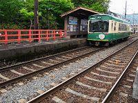 度々行きたい旅。: ゴールデンウィークには、朱塗りに若葉が映える・車折神社にどうぞ!