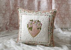 Купить Подушка. - кремовый, подушка, подушка декоративная, подушка на диван, подушка в авто, подушка диванная