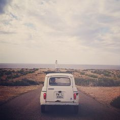 All roads lead to the sea...  #4L #Renault