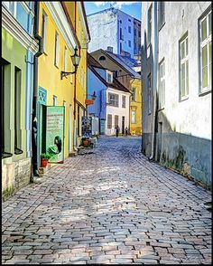 Toompea Street by Fred Coleman on 500px | Estonia
