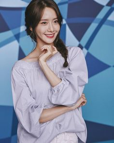 """202 lượt thích, 1 bình luận - Lim YoonA <임윤아⭐> (@_limyoonafanpage) trên Instagram: """"[Update]170425 YoonA - Crocs shoes #ComeAsYouAre promotional picture From;Kstyle_new {#yoona…"""""""