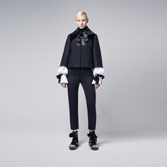 AUTUMN/WINTER McQueen Cropped Felt Cape (for Mary)