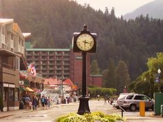 Harrison Hot Springs, BC, Canada: we go here every time we visit my family. Never stayed at the resort, but would like to one day! The hiking is great around the lake...