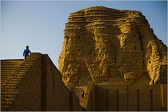 Aqar Quf  an ancient ziggurat called Aqar Quf, a ruin of the Kassite dynasty that replaced the first Babylonian empire of Hammurabi some 3,500 years ago.