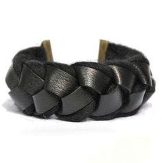Black leather and alpaga necklace
