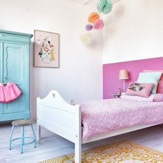 pink and turquoise girls room