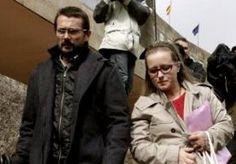 6-Oct-2015 10:16 - ARTSEN MOGEN STOPPEN MET IN LEVEN HOUDEN VAN SPAANS MEISJE. Artsen in het ziekenhuis in de Spaanse stad Santiago de Compostela hebben de voeding gestopt van de zwaar gehandicapte 12-jarige Andrea. De ouders van het meisje hadden de rechter gevraagd of hun dochter mag sterven, omdat haar situatie uitzichtloos is en alleen maar verslechtert. De ouders waren al maanden in een strijd verwikkeld met het ziekenhuis. Ze hadden de artsen gevraagd of het meisje mag sterven. De...