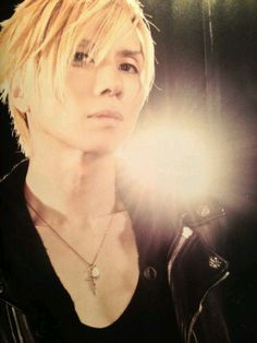 Yasu. Acid Black Cherry. Him Band, Beautiful Voice, Visual Kei, Music Bands, Rock Bands, Cherry, Japanese, People, Black