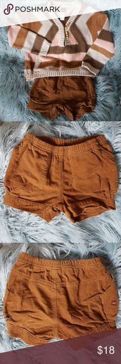 Tea girls banded bottom size corduroy shorts Farling, just darling.  Looks great with oversized Tea Aztec Sweater or Design History swing sweater vest, a turtleneck & tights & boots.  This listing shorts only.  Bundle to save. EUC.  No signs of wear except washing. Tea Bottoms Shorts