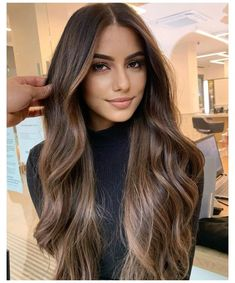 Cinnamon Hair, Dark Hair With Highlights, Brown Highlighted Hair, Colored Highlights, Highlights For Brunettes, Chocolate Caramel Hair, Mahogany Highlights, Chocolate Brown Hair With Highlights, Light Chocolate Brown Hair