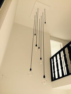 Kitchen Pendant Lighting, Kitchen Pendants, Chandelier Pendant Lights, Pendant Light Fixtures, Modern Chandelier, Staircase Wall Lighting, Staircase Design, Interior Lighting, Home Lighting