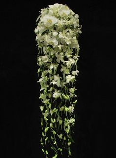 Oh yes please.....brides do something extraordinary like this.  Orchid Cascade - Blomst of Hansen