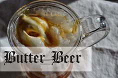 Try this delicious butterbeer recipe for a fun treat that will delight kids of all ages (but especially Harry Potter fans). Just Desserts, Delicious Desserts, Yummy Food, Beer Recipes, Cooking Recipes, Butterscotch Ice Cream, Butterbeer Recipe, Smoothie Drinks, Smoothies