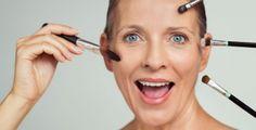 Ani zralé ženy se nemusejí vyhýbat líčení Affordable Dental Implants, Foundation For Mature Skin, Maybelline Instant Age Rewind, Makeup For Older Women, Beauty Balm, How To Apply Eyeliner, Sagging Skin, Uneven Skin Tone, Makeup Routine