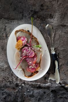 Honey butter sandwich with candy-striped beetroot / Photographs @adel_ferreira / Production, Recipes & Styling: Maranda Engelbrecht / Location: Babylonstoren #recipes #foodstyling #honey #foodideas #honeybutter #beetroot