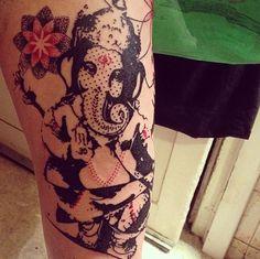 Tatuagem por Aga Mlotkowska Ganesh Tattoo, I Tattoo, Piercing Tattoo, Piercings, Trash Polka, Aga, Color Tattoo, Tattoo Inspiration, Tattoo Artists