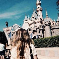 Sabrina Carpenter in Disneyland.
