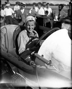 Champion race car driver Elfrieda Mais, 41, circa Aug. 16, 1933. The Indianapolis-born Mais started working in 1910 as an airplane stunt woman and wing walker, but switched to racing cars by 1912. Mais was not allowed to race against men, but she competed in speed trails against the clock and stunt driving exhibitions. Female Race Car Driver, Car And Driver, Stunt Woman, Woman Mechanic, Women Drivers, Girls Driving, Fear Of Flying, Car Pictures, Car Pics