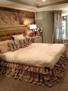 Awesome master bedroom : ruffle bed skirt