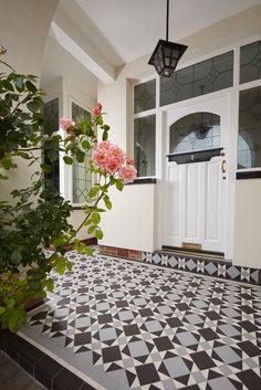 The Lambeth pattern - Victorian Floor Tiles by Original Style UK