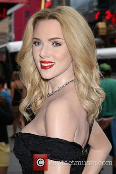 Top 10 Countries With The World's Most Beautiful Women (Pictures included) Scarlett Johansson, Beautiful Women Pictures, Most Beautiful Women, Scarlett And Jo, Blond, Black Widow Natasha, Thing 1, Marvel, Hot Actresses