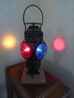 Lot #29 - Vintage Rail Road Signal Light - Electrified