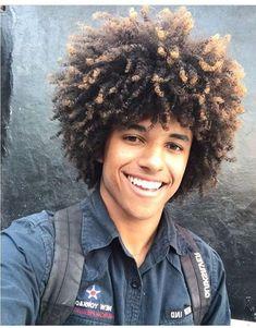 Natural Hair Men, Pelo Natural, Curly Hair Men, Natural Hair Styles, Long Hair Styles, Mens Braids Hairstyles, Black Men Hairstyles, Curled Hairstyles, Jheri Curl