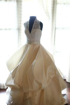 The Veluz Bride - Ok, now THIS I love...light and bubbly... the georgette, flowy and less billowy skirt option works as well!