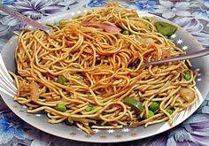 Recette Nouilles chinoises sautées aux légumes et aux oeufs