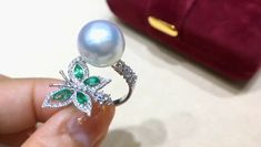 Gold Rings Jewelry, Gold Jewellery Design, Pearl Jewelry, Bridal Jewelry, Diamond Jewelry, Pearl Ring Design, Perfume, Ring Designs, Peacock