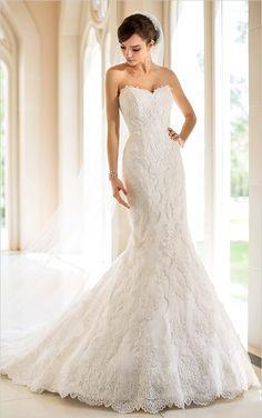 "Gorgeous strapless wedding gown. Dress Shop"" The Bustle Bridal Boutique #wchappyhour ---> http://www.weddingchicks.com/2014/05/19/weddingchickshappyhour/"