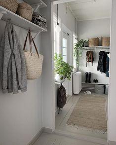 white home decor Decor, Home Living Room, Interior, White Home Decor, Apartment Interior, Home Decor, Home Deco, Interior Design, Home And Living