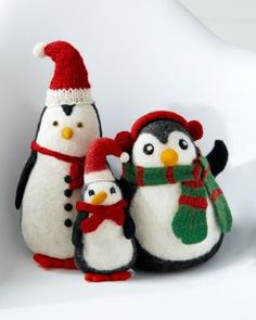 Holiday Felt Penguins--love these! Christmas Holidays, Christmas Decorations, Christmas Ornaments, Holiday Decor, Felt Penguin, Whimsical Christmas, Hand Shapes, Knitting Accessories, Felt Crafts