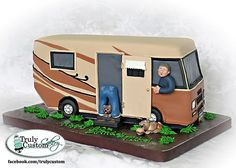 Motorhome Cake - cake by TrulyCustom Camper Cakes, Caravan Cake, Wasc Cake Recipe, Dad Cake, Birthday Cakes For Men, Birthday Stuff, Birthday Ideas, Sculpted Cakes, Delicious Cake Recipes