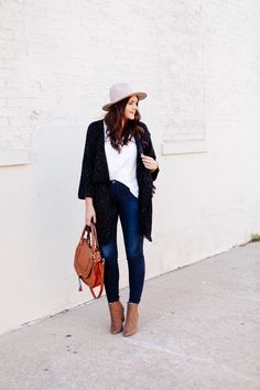 Long Soft Cardigan and Blue Jeans - Cute and Comfy Thanksgiving Day Outfit Ideas - Photos