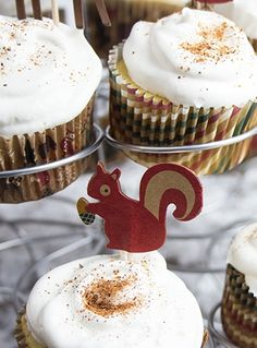 I love eggnog anything, especially these holiday eggnog cupcakes!