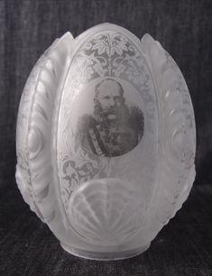 Franz Joseph Oil Lamps, Lamp Shades, Joseph, Decorative Plates, Smoke, Glass, Objects, Tulip, Lampshades