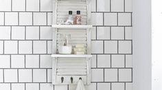 On toujours besoin de plus de rangement dans sa salle de bain. Découvrez comment faire un support mural multifonction rapide et efficace.