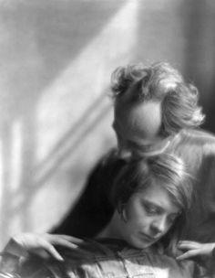 Edward Weston and Margrethe Mather 1922, by Imogen Cunningham