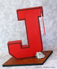 Standing Letter Cake. Ok, I have 2 years to practice this!