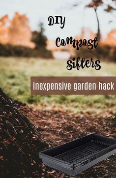 Inexpensive garden screens made of recycled plant trays Veggie Gardens, Vegetable Gardening, Gardening Tips, Plant Trays, Composting 101, Garden Screening, Organic Matter, Garden Care, Funky Junk