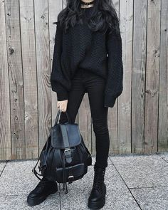 28 Best Ways to Wear Cute Outfits with Black Jeans - Outfit & Fashion Edgy Outfits, Grunge Outfits, Mode Outfits, Girl Outfits, Fashion Outfits, Winter Outfits For Teen Girls, Winter Outfits For Work, Outfits For Teens, Instagram Outfits